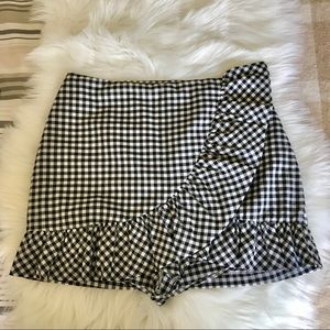 🌟Black & White Checkered Skort🌟